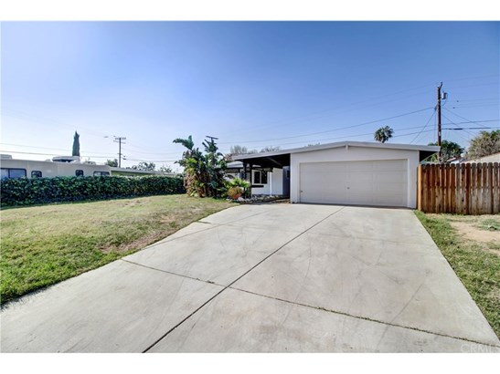 Single Family Residence, Ranch - Riverside, CA (photo 2)