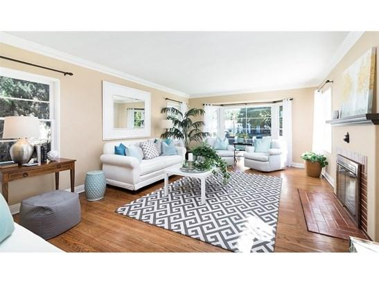 Single Family Residence, Custom Built,Traditional - Santa Ana, CA (photo 2)