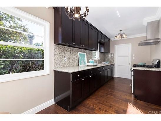 Single Family Residence, Custom Built,Traditional - Santa Ana, CA (photo 5)