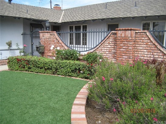 Single Family Residence, Ranch - Placentia, CA (photo 4)