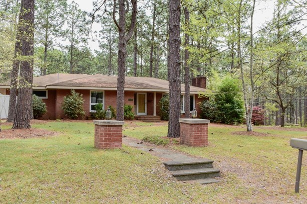 Ranch, Single Family - Aberdeen, NC (photo 1)