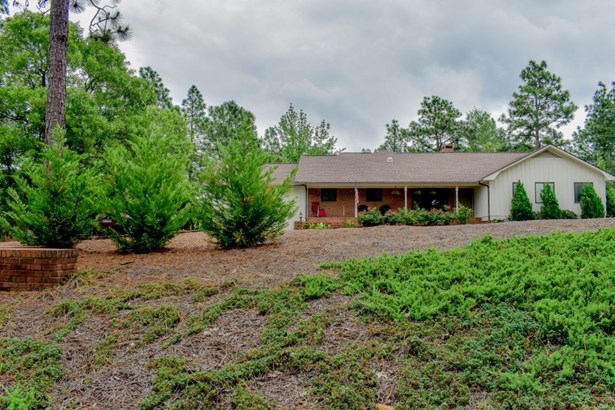 Ranch, Single Family - West End, NC (photo 1)