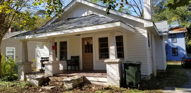 Bungalow,Cottage, Single Family - Fayetteville, NC