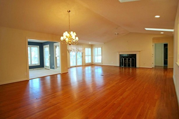 Traditional, Single Family - West End, NC (photo 5)