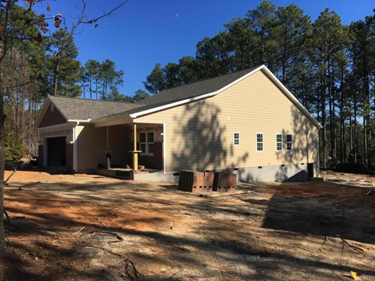 Traditional, Single Family - Southern Pines, NC (photo 2)