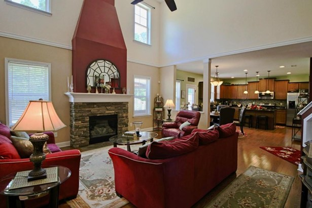 Traditional, Single Family - Whispering Pines, NC (photo 5)
