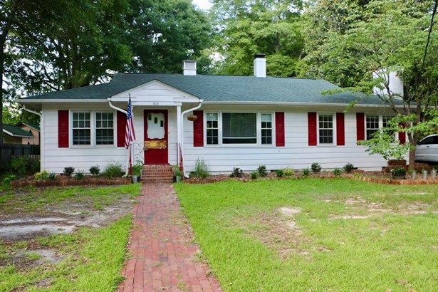 Ranch, Single Family - Southern Pines, NC