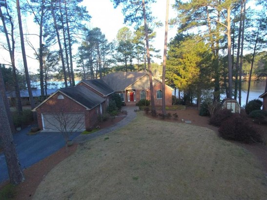 Traditional, Single Family - Whispering Pines, NC (photo 1)