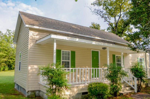 Farmhouse, Single Family - Vass, NC (photo 1)