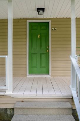 Farmhouse, Single Family - Vass, NC (photo 3)