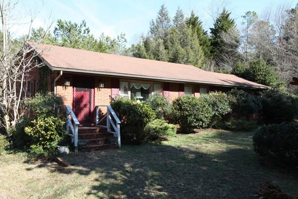 Single Family w/Acreage, Ranch - Carthage, NC (photo 1)