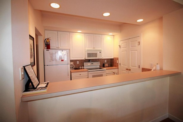 Condo/Townhouse - Southern Pines, NC (photo 4)