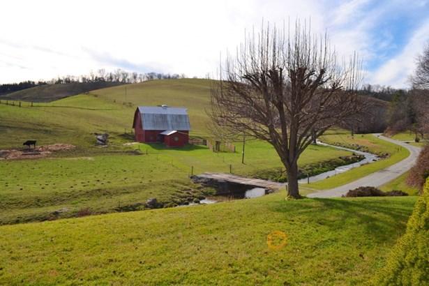 2541 Grassy Creek Road, Grassy Creek, NC - USA (photo 2)