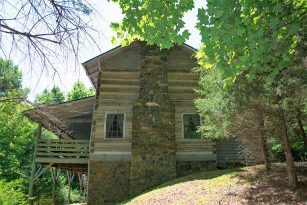 450 Chestnut Creek, West Jefferson, NC - USA (photo 2)