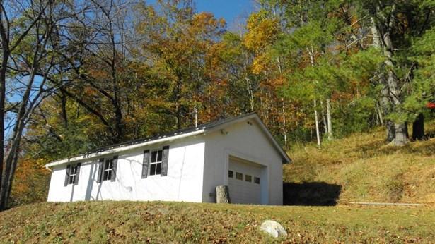 105 Don Adams Rd, Lansing, NC - USA (photo 2)