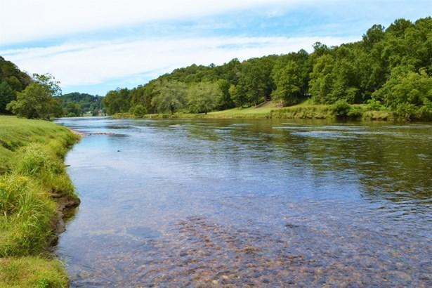 23 Water View Ln., Piney Creek, NC - USA (photo 2)
