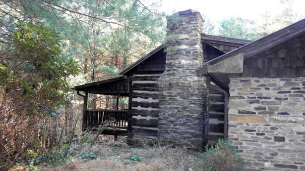 2042 Pine Swamp Rd, Fleetwood, NC - USA (photo 5)