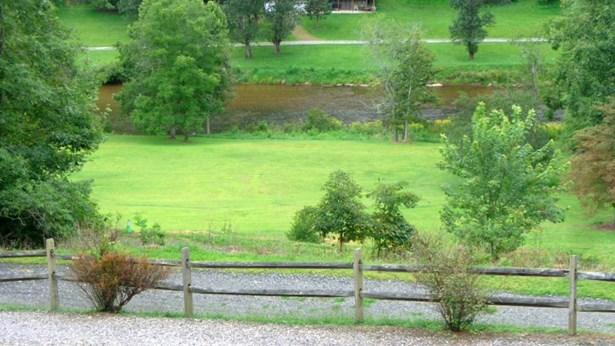 500 S River Hills Rd, Lansing, NC - USA (photo 2)