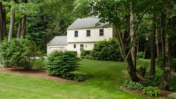 Colonial,Garrison, Single Family - Peterborough, NH (photo 3)
