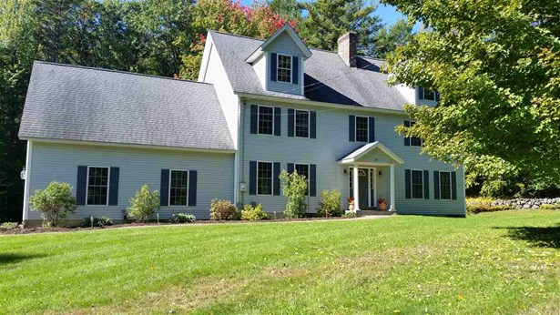 Colonial, Single Family - Peterborough, NH