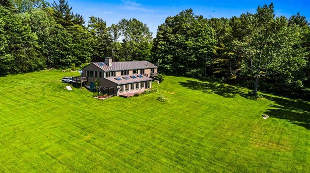 Raised Ranch, Single Family - Harrisville, NH