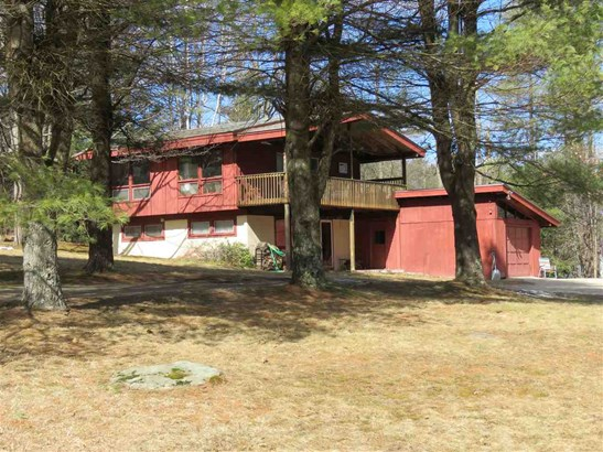 Chalet,Contemporary, Single Family - Peterborough, NH