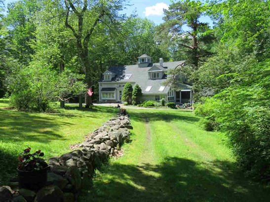 Bungalow,Cottage/Camp,Historic Vintage,New Englander,Arts and Crafts - Single Family (photo 3)