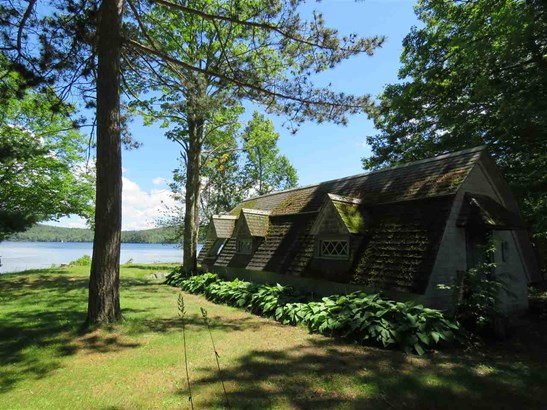 Bungalow,Cottage/Camp,Historic Vintage,New Englander,Arts and Crafts - Single Family (photo 5)