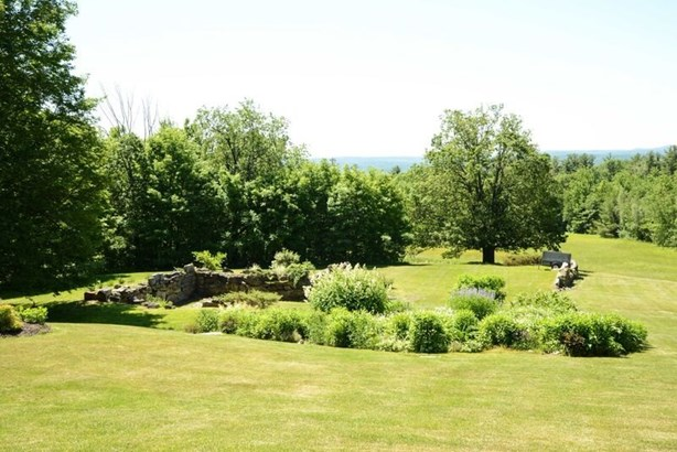Saltbox, Single Family - Lyndeborough, NH (photo 4)