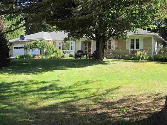 Ranch, Single Family - Peterborough, NH (photo 1)