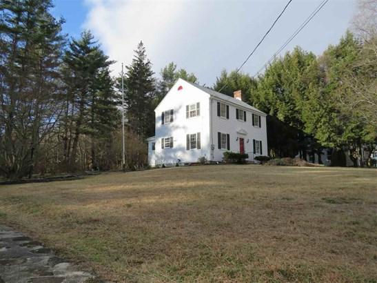 Colonial, Single Family - Peterborough, NH (photo 2)