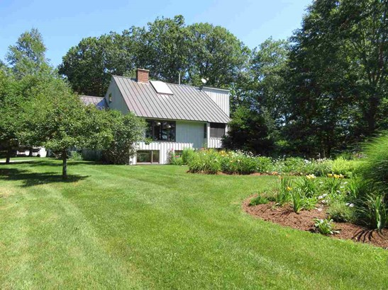 Contemporary, Single Family - Peterborough, NH (photo 4)