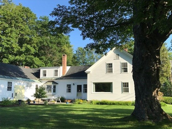 Antique,Colonial,Historic Vintage,New Englander,w/Addition,Walkout Lower Level - Single Family (photo 3)