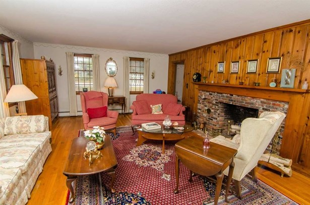 Cape, Single Family - Peterborough, NH (photo 4)