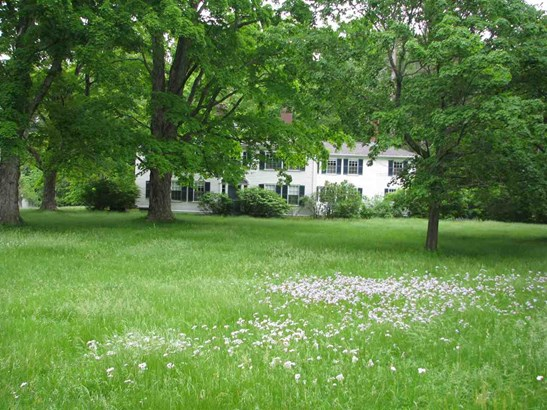 Colonial, Single Family - Wilton, NH (photo 3)