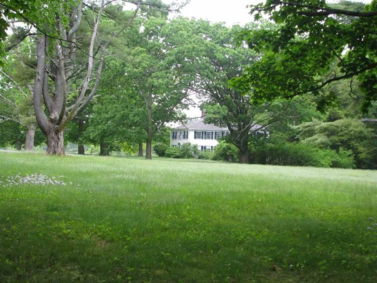 Colonial, Single Family - Wilton, NH (photo 5)
