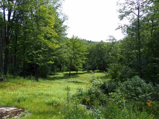 Cape, Single Family - Francestown, NH (photo 5)
