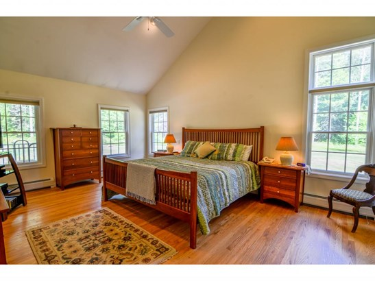 Colonial, Single Family - Greenfield, NH (photo 3)