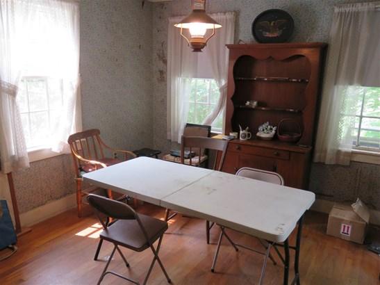Farmhouse,New Englander, Single Family - Sharon, NH (photo 5)