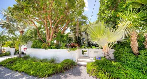 4 Coconut Drive, Key Haven, FL - USA (photo 1)
