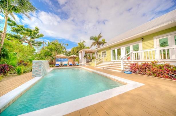 2212 Staples Avenue, Key West, FL - USA (photo 1)