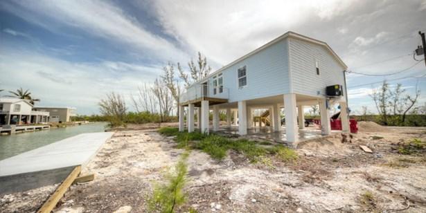 17427 Cayman Drive, Sugarloaf Key, FL - USA (photo 1)