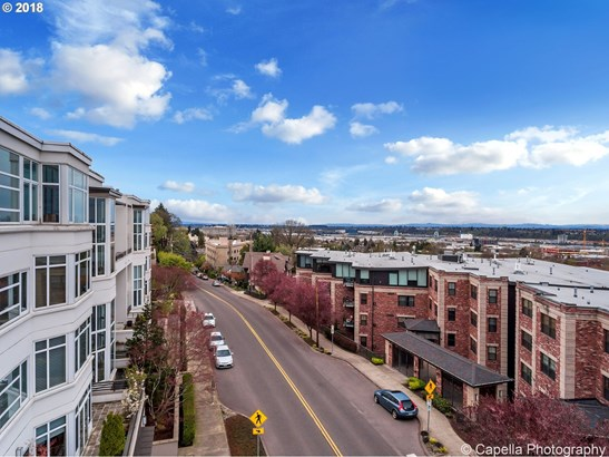 2454 Nw Westover Rd A403, Portland, OR - USA (photo 1)