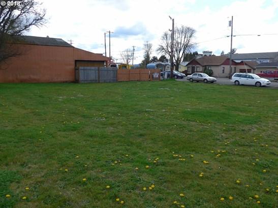 226 N Yamhill St, Carlton, OR - USA (photo 1)