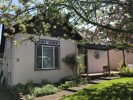 327 S 46th St, Springfield, OR - USA (photo 1)