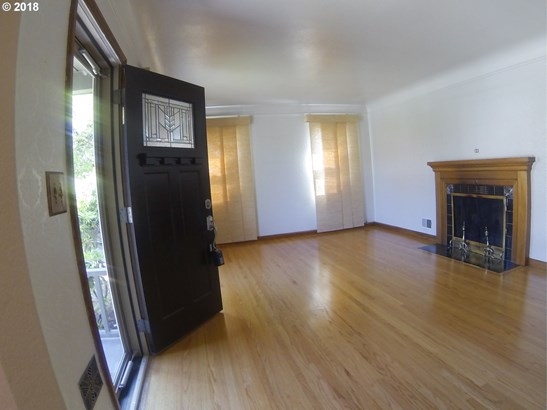 416 N Russet St, Portland, OR - USA (photo 4)