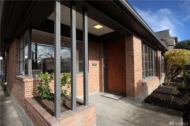 706 N 77th St, Seattle, WA - USA (photo 2)