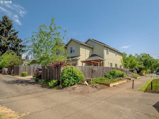 4609 N Gantenbein Ave, Portland, OR - USA (photo 2)