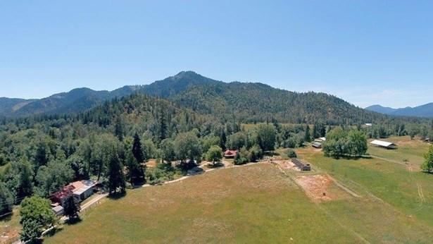 10612 E Evans Creek Road, Rogue River, OR - USA (photo 2)