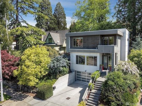 2150 32nd Ave W, Seattle, WA - USA (photo 2)